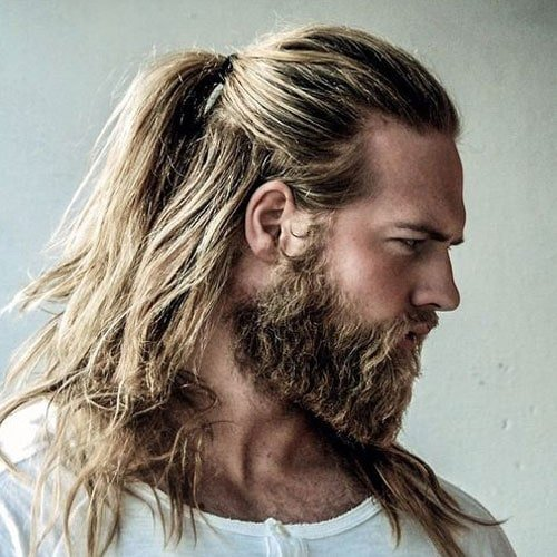 Best Beard styles - Full Beard with Man Bun