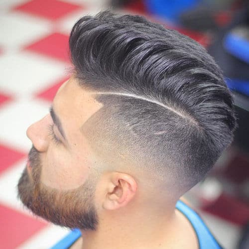 Disconnected Undercut with Thick Pompadour
