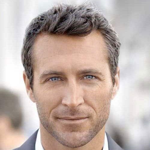 Attractive Short Haircuts For Guys Over 50