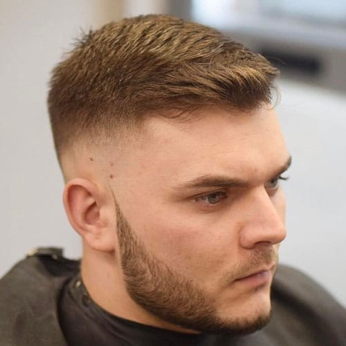 25 Best Haircuts for Guys with Round Faces (2019 Guide)
