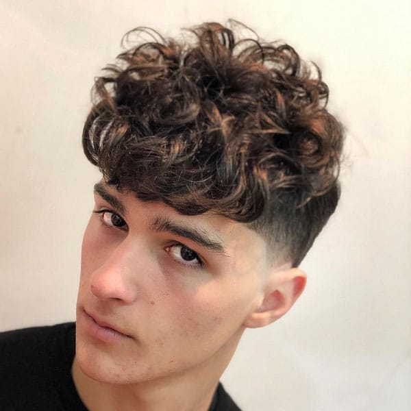 Best Haircuts For Men with Curly Hair