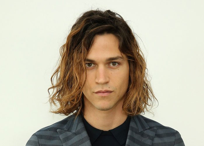 Men's Hairstyles For Long Hair