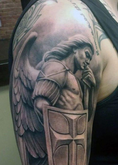 Kreuz mit Angel