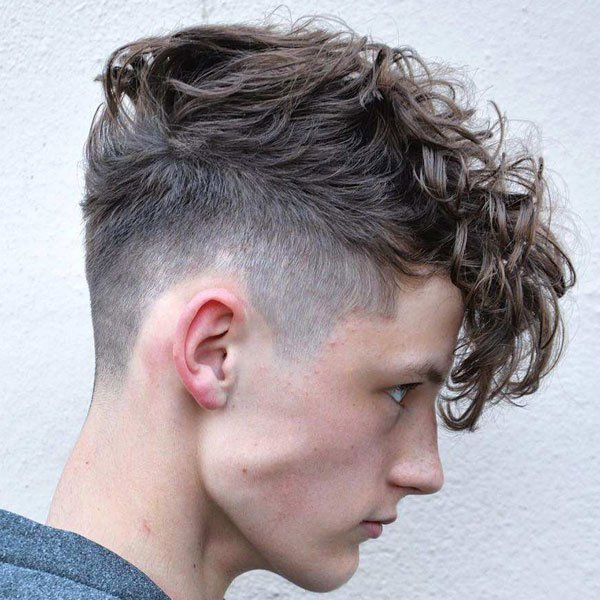 Best Curly Hair Taper Fade Haircuts For Men