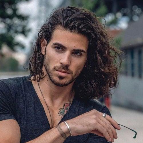 Cool Shoulder Length Hairstyle For Men